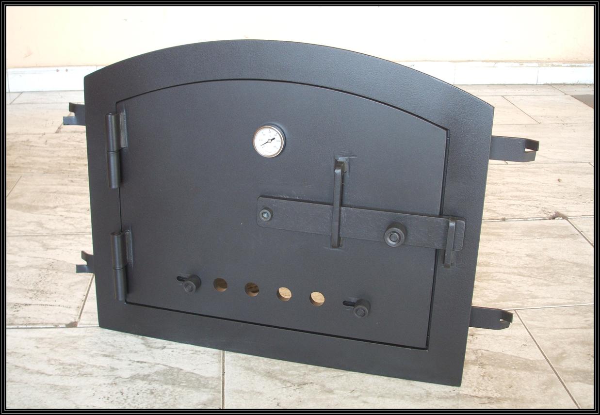 Chimeneas sierra puerta met lica para horno de obra for Medidas de hornos pequenos